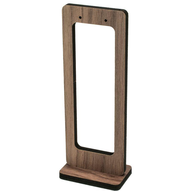 Expositor-janela-de-madeira-brinco